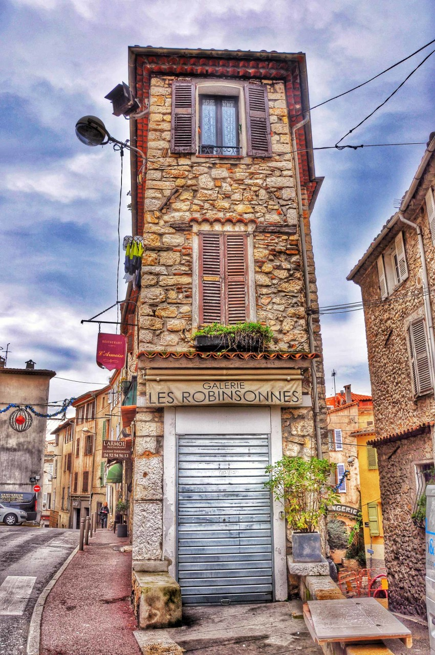 Typical provence house - Antibes - France