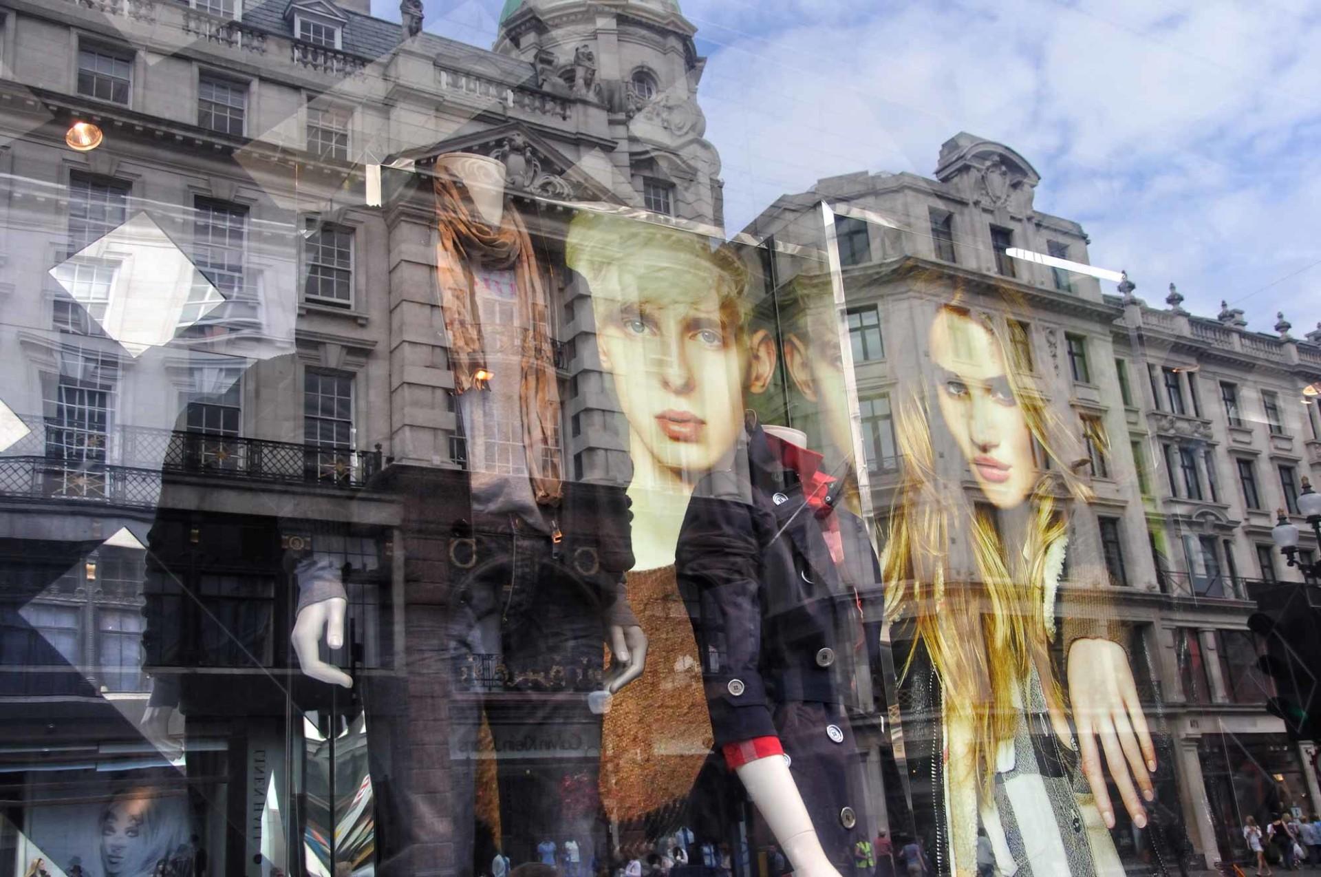 Mannequins reflexion