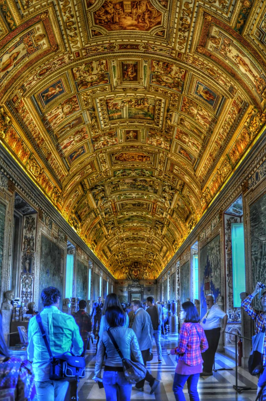 Inside the Vatican museum - Rome
